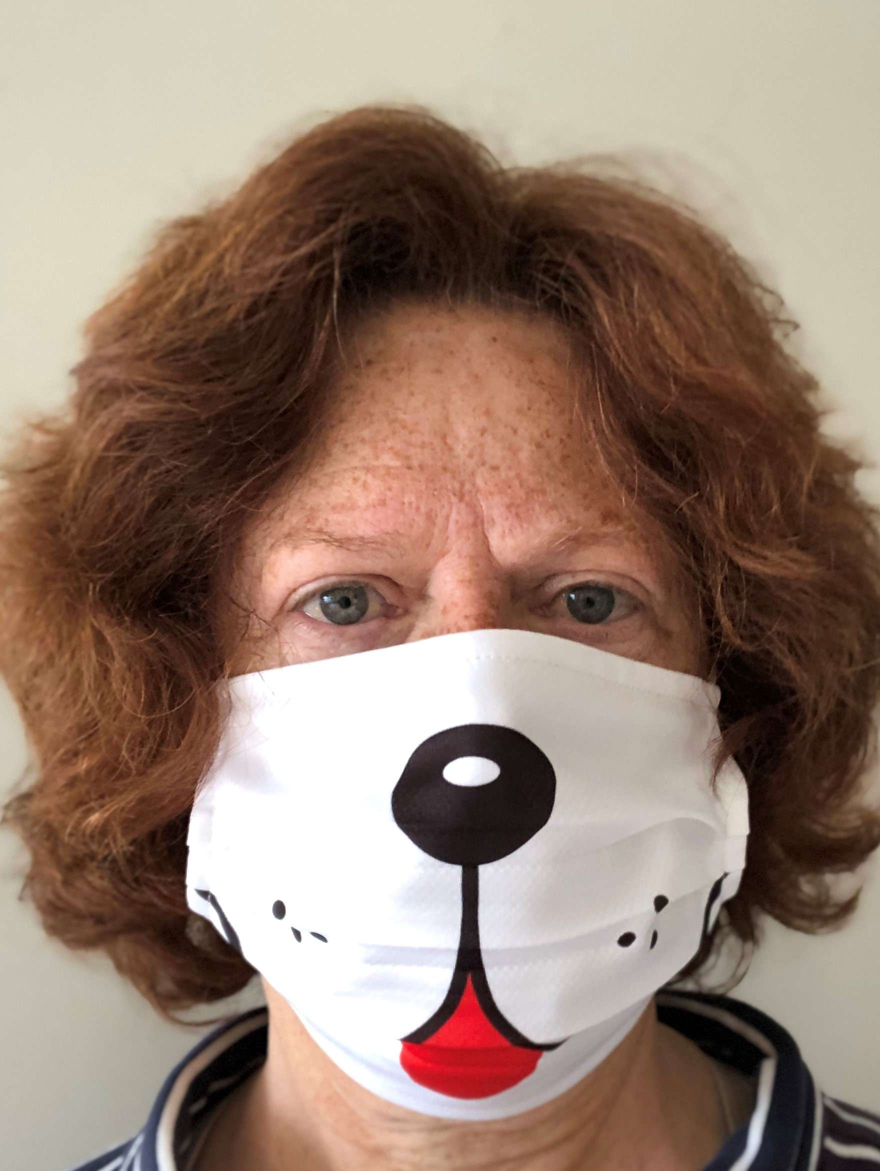 staff/200926_Beth_c_Dog_Mask.jpg